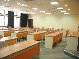 科技系教室213